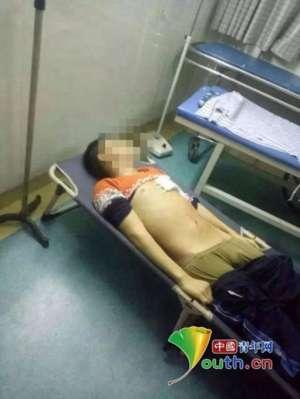 刀砍老师后被群殴 法医学鉴定:死亡学生系单刃锐器致心脏破裂肺脏贯穿