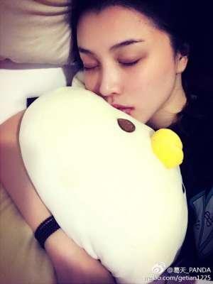 葛天感冒发烧显憔悴网友心疼 神秘人暗指葛天和刘翔的婚姻实有隐情