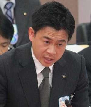 日本市长群发撩妹短信被迫道歉 强调自己与女职员没有不正当关系